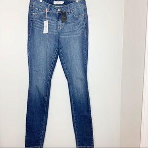 Torrid | Skinny Skyline Jeans Tall Size 10